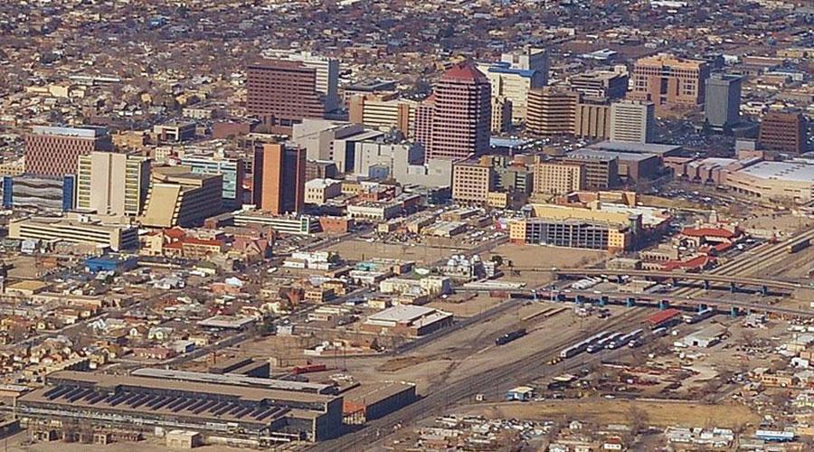 Albuquerque skyline - Ron Reiring viaWikimedia Commons