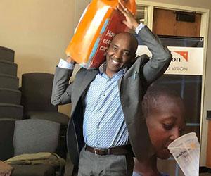 Volunteer helping out Educate Tanzania