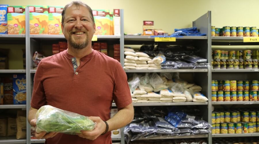 6 Local Food Banks Working to End Hunger